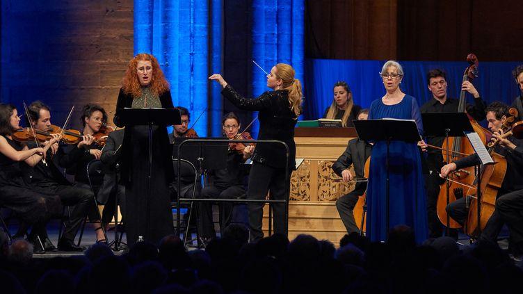 """Festival de Saint-Denis : Speranza Scappucci dirige un """"Stabat Mater"""" le 5 juin 2018.  (Christophe Fillieule/Festival de Saint-Denis 2018)"""