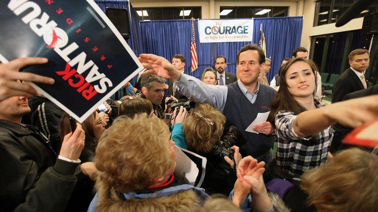 Le candidat à l'investiture républicaine Rick Santorum lors d'un meeting à Cuyahoga Falls, dans l'Ohio (Etats-Unis), le 5 mars 2012. (MARIO TAMA / GETTY IMAGES NORTH AMERICA)