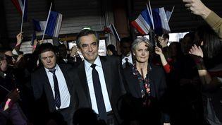 François Fillon et sa femme, Penelope, le 29 janvier 2017, à Paris. (Photo d'illustration) (ERIC FEFERBERG / POOL)