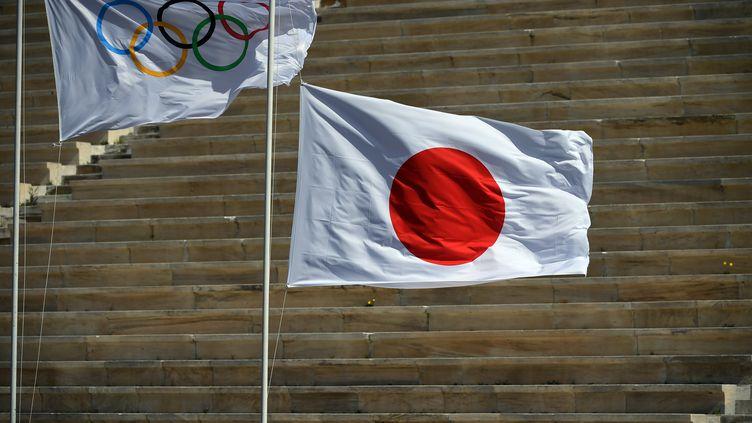 Les JO de Tokyo 2020 toujours très fragilisés à quelques mois du début de la compétition  (ARIS MESSINIS / AFP / POOL / ANADOLU AGENCY)