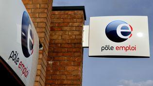 L'agence Pôle emploi de Bailleul (Nord), le 2 septembre 2012. (PHILIPPE HUGUEN / AFP)