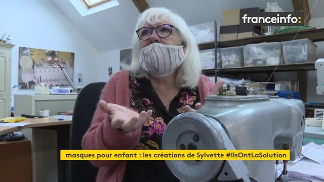 Dans le Morbihan, la maire d'une petite commune crée des masques adaptés à ses plus jeunes administrés