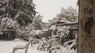 La neige à Autrans (Isère), jeudi 15 octobre 2015. (MAXPPP)