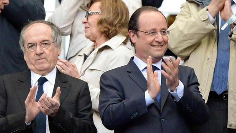 (François Hollande va déjeuner avec l'équipe de France de football © Maxppp)