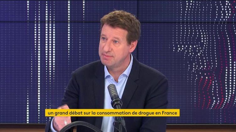 Yannick Jadot, eurodéputé Europe Ecologie-Les Verts, était l'invité du 8h30 franceinfo lundi 19 avril 2021. (FRANCEINFO / RADIOFRANCE)