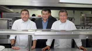 """Le restaurant des trois frères Roca,El Celler de Can Roca, à Gérone (Espagne), a été élu meilleur restaurant au monde par le magazine """"Restaurant"""", le 1er juin 2015. (JUAN CARLOS PEREZ / NOTIMEX / AFP)"""