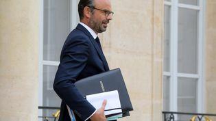 Le Premier ministre Edouard Philippe sur le perron de l'Elysée, le 3 octobre 2018. (LUDOVIC MARIN / AFP)