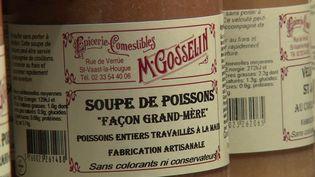 Depuis 130 ans, l'épicerie Gosselin, dans la Manche, fait le bonheur des petits et des grands. (FRANCE 3)