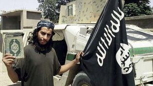 """Le """"cerveau"""" présumé des attentats de Paris, Abdelhamid Abaaoud (photo non datée).  (AP / SIPA)"""