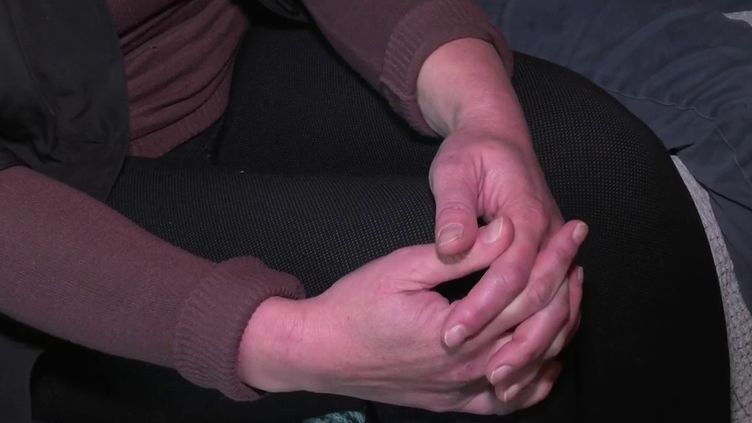 Les enfants victimes de violences sexuelles sont peu protégés en France, selon un rapport publié mercredi 27 octobre par la Commission indépendante sur l'inceste et les violences sexuelles (Ciivise). Par ailleurs, lorsqu'une mère, dont l'enfant révèle des sévices de la part de son père, saisit la justice, elle peut être accusée de manipulation. (CAPTURE ECRAN FRANCE 3)