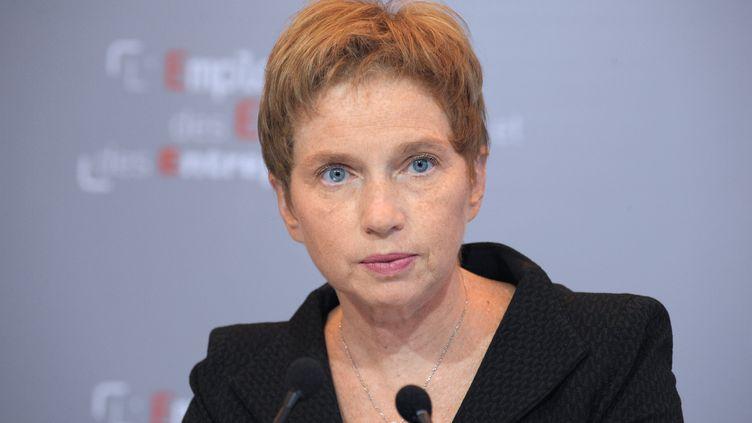 Laurence Parisot, patronne du Medef, lors d'une conférence de presse, à Paris, le 20 novembre 2012. (ERIC PIERMONT / AFP)