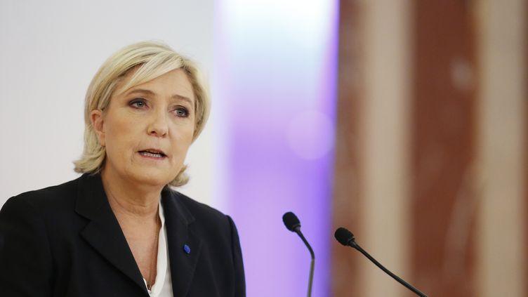 Marine Le Pen lors d'une conférence à Paris, le 10 avril 2017. (BENJAMIN CREMEL / AFP)