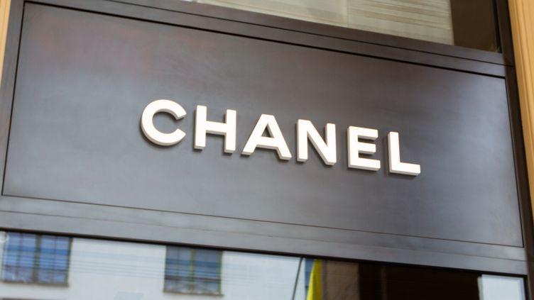 Le logo de la marque Chanel (ALEXANDER POHL / NURPHOTO)