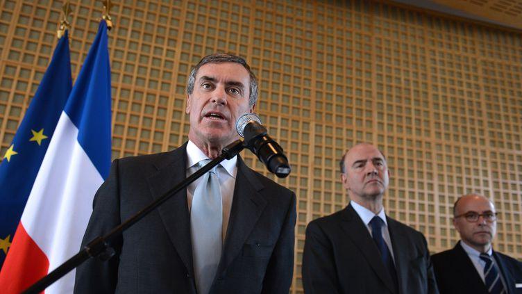 20 MARS 2013 Bercy //Jérôme Cahuzac remplacé par Bernard Cazeneuve en présence de PIERRE MOSCOVICI (MIGUEL MEDINA / AFP)