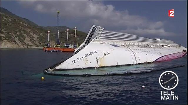 Costa Concordia : le commandant du paquebot, Francesco Schettino, jugé en appel
