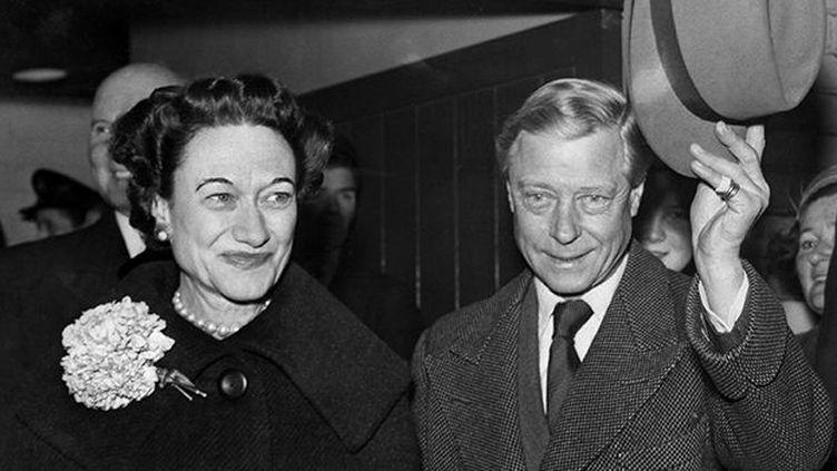 Edward, duc de Windsor, avec sa femme, Wallis Simpson, duchesse de Windsor, le 13 novembre 1956. (AFP)