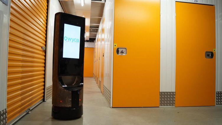 Le robot Keylo accueille déjà les patients à la clinique du Parc de Toulouse. (Wyca / Le robot Keylo)