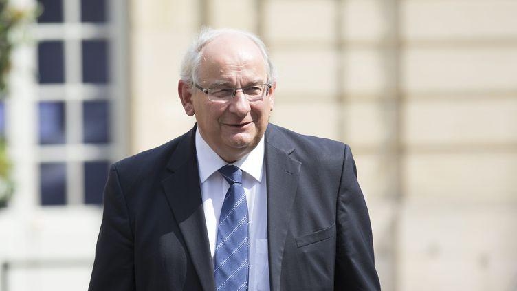 Le sénateur-maire de Dunkerque (Nord), Michel Delebarre, dans la cour de l'hôtel Matignon, le 16 juillet 2013. (MAXPPP)