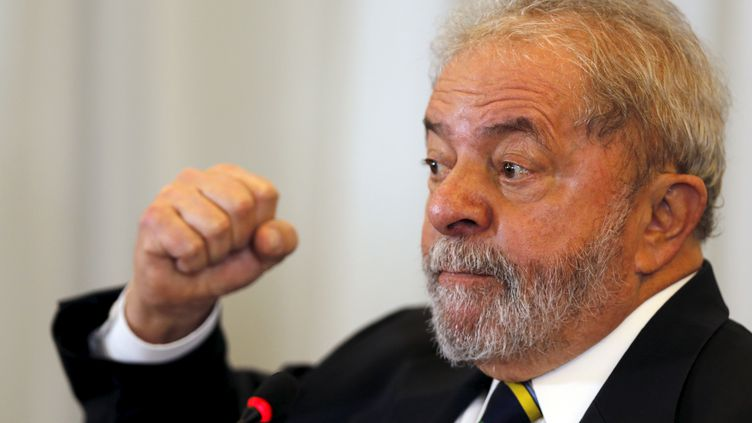 L'ancien président du Brésil Lula durant une conférence à Sao Paulo (Brésil), le 28 mars 2016. (PAULO WHITAKER / REUTERS)