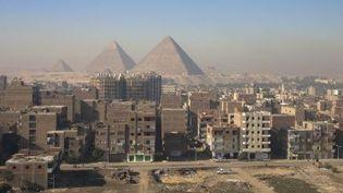 Le Caire, ville dont la population croît le plus vite: embouteillages, pollution de l'eau et de l'air, et des milliers de tonnes de déchets à traiter. (afp/Jacques Serpinski)