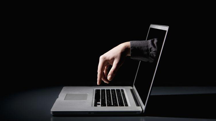 Les grandes firmes du web sont presque toutes impliquées dans le scandale Prism, un programme d'espionnage américain. (GETTY IMAGES)