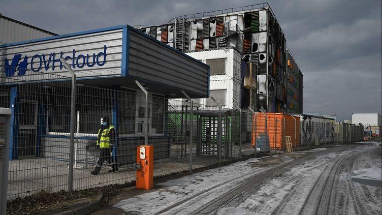 Le centre de données incendié d'OVHcloud, le 10 mars 2021 à Strasbourg (Bas-Rhin). (PATRICK HERTZOG / AFP)