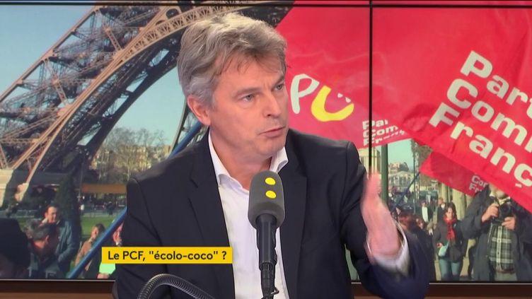 """Fabien Roussel, invité du """"19h20 politique"""", lundi 26 novembre 2018. (FRANCEINFO / RADIOFRANCE)"""
