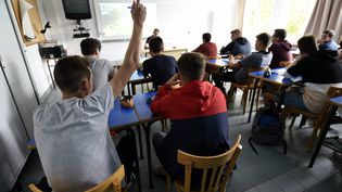 Une salle de classe dans un lycée (photo d'illustration). (ALEXANDRE MARCHI / MAXPPP)