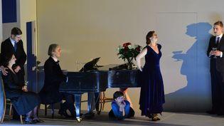 Chanteurs sur scène lors d'une répétition générale de l'opéra de Marc-André Dalbavie Charlotte Salomon » à Salzbourg 24 Juillet 2014. Le jeu est dirigé par Luc Bondy.  (WILDBILD / AFP)