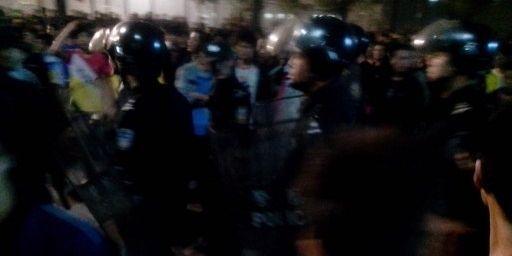 Incidents à l'extérieur d'une usine Foxconn en Chine après des incidents entre ouvriers (CN / Imaginechina)