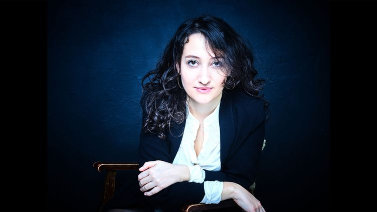 La romancière Emma Deruschi, mars 2021 (Céline Nieszawer / Flammarion)
