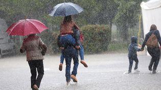 L'Hérault et le Gard restent placés en vigilance orange aux pluies et aux inondations, mardi 3 novembre 2015. (MAXPPP)