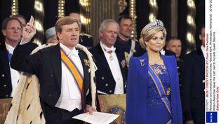 Le roi Willem-Alexander prête serment, au côté de son épouse Maxima, à Amsterdam (Pays-Bas), le 30 avril 2013. (REX / SIPA)