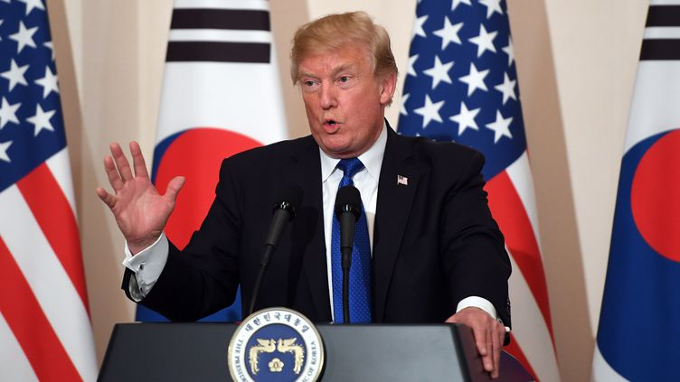 Donald Trump lors de sa visite en Corée du sud, le 7 novembre 2017. (JUNG YEON-JE / POOL)