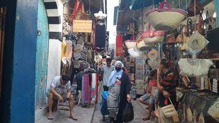 Le souk de la médina de Tunis (Tunisie), le 28 juillet 2021 (MARIE-PIERRE VEROT / RADIO FRANCE)