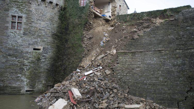 Une partie du château de Pontivy (Morbihan) s'était déjà effondré avec le mauvais temps, le 8 février 2014. (  MAXPPP)