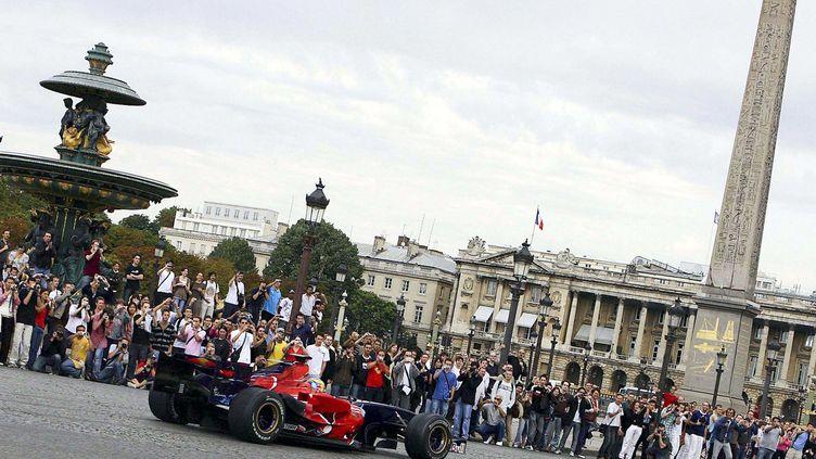 Une Formule 1, Place de la Concorde (PARIENTE JEAN-PHILIPP/SIPA)