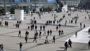 Le quartier d'affaires de la Défense, à Courbevoie (Hauts-de-Seine). (LUDOVIC MARIN / AFP)