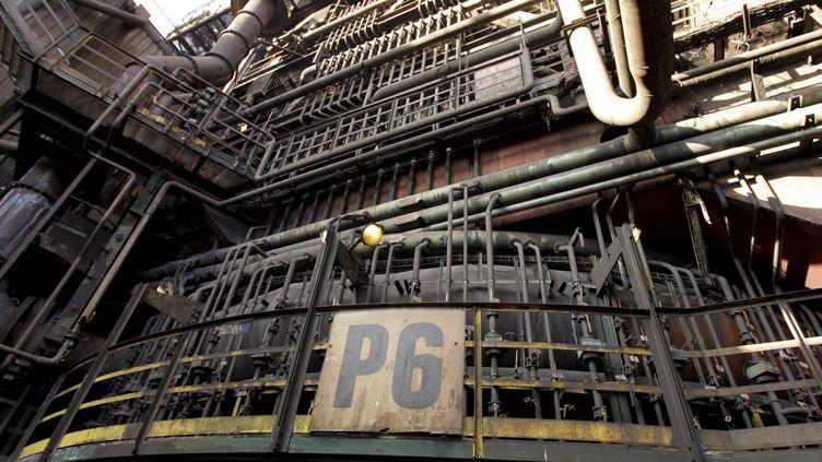 Le haut-fourneau P6 de Florange (Moselle),à l'arrêt depuis le 4 octobre 2011. (CAROL AMAR / LE PARISIEN / MAXPPP)