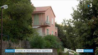Depuis de nombreuses semaines, un couple mène un combat acharné pour retrouver sa maison,qui est squatée,dans les Alpes-Maritimes. (France 3)