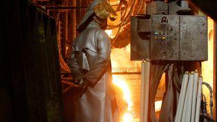 Un salarié de l'aciérie d'Ascoval à Saint-Saulve (Nord), près de Valenciennes, en novembre 2018. (PASCAL ROSSIGNOL / X00234)