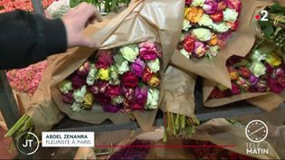Saint-Valentin : les fleurs, grand classique de la fête des amoureux (FRANCE 2)
