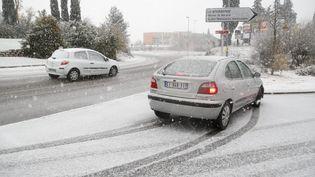 L'épisode neigeux avait déjà touché les Bouches-du-Rhône (ici, Aubagne), samedi 2 décembre 2017. (MAXPPP)