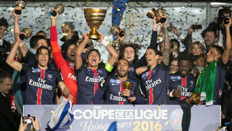 Le Paris Saint-Germain, dernier vainqueur de la Coupe de la Ligue au Stade de France l'année passée (GEOFFROY VAN DER HASSELT / ANADOLU AGENCY)