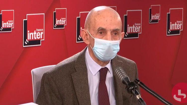 """Louis Gallois, président de l'expérimentation """"Territoires zéro chômeur"""", le 18 janvier sur France Inter. (FRANCEINTER / RADIOFRANCE)"""