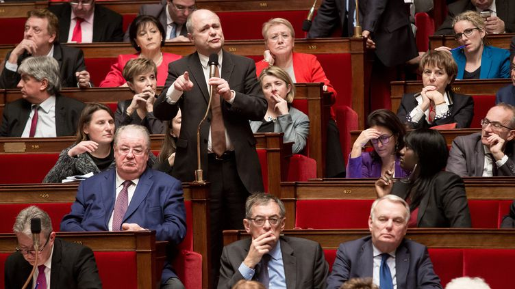 Le président du groupe PS à l'Assemblée nationale, Bruno Le Roux, lors d'une séance dans l'hémicycle, le 9 février 2016. (MAXPPP)