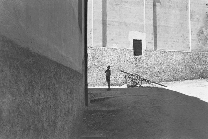 Italie. Salerne.1933. (HENRI CARTIER-BRESSON / MAGNUM PHOTOS, COURTESY FONDATION HENRI CARTIER-BRESSON)