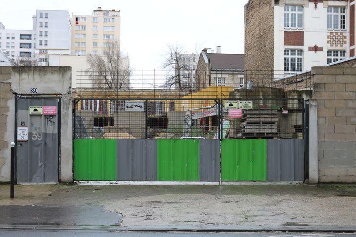 Le chantier de la mosquée Adda'wa, au 39 rue de Tanger, à Paris, le 9 janvier 2015. (BENOIT ZAGDOUN / FRANCETV INFO)