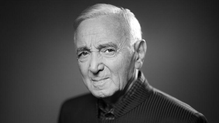 Charles Aznavour à la veille d'une tournée de 12 concerts (16 novembre 2017)  (Joël Saget / AFP)