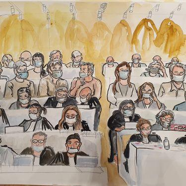 Les avocats des parties civiles et le public au procès des attentats de janvier 2015, le 15 septembre 2020. (ELISABETH DE POURQUERY / FRANCEINFO)